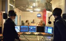 Les étudiants du Studec ici dans le studio Michel Drucker